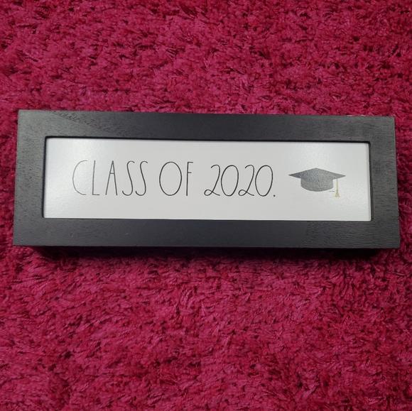 🔥Rae Dunn CLASS OF 2020 wooden sign